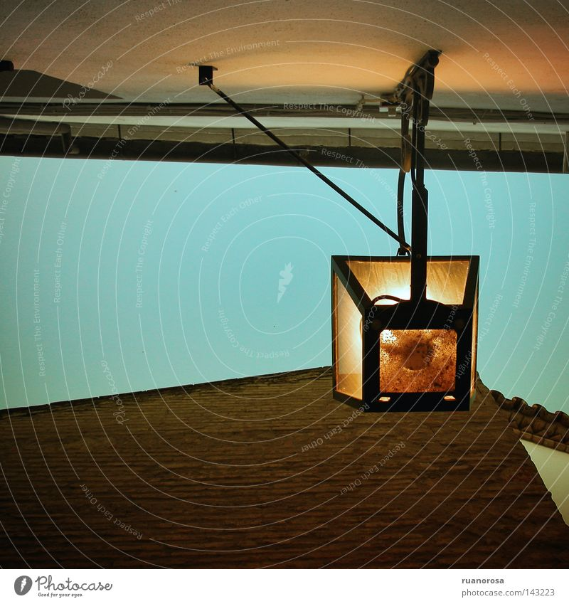 Sky Summer House (Residential Structure) Street Lamp Wall (building) Roof Lantern Street lighting Electric bulb Morning