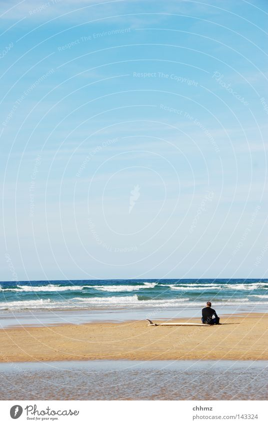 Water Ocean Summer Beach Loneliness Far-off places Sports Relaxation Playing Lake Waves Wait Sit Break Surfing To enjoy