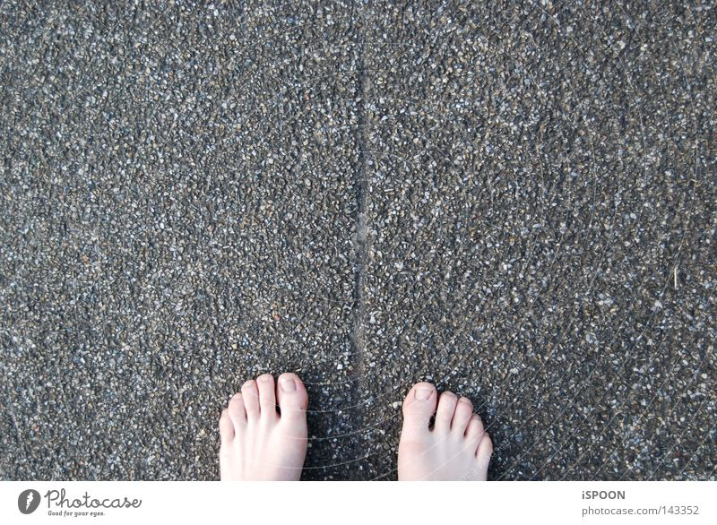 Street Gray Stone Feet Warmth Line Floor covering Traffic infrastructure Barefoot 10 Tar Seam