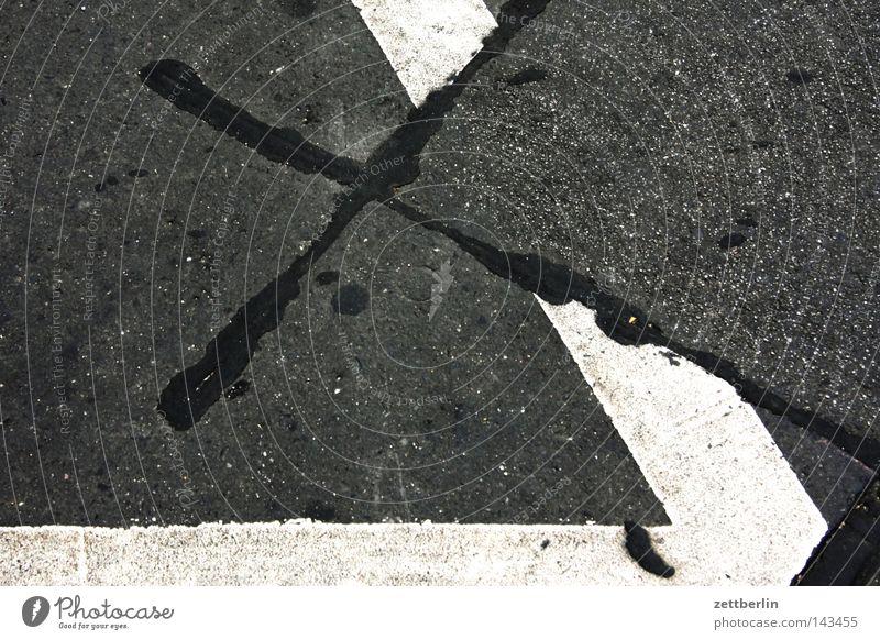 X Concrete Tar Crucifix Christian cross Back 2 3 4 5 6 Street Pavement Traffic lane Lane markings Signs and labeling Asphalt Corner Correct Damage