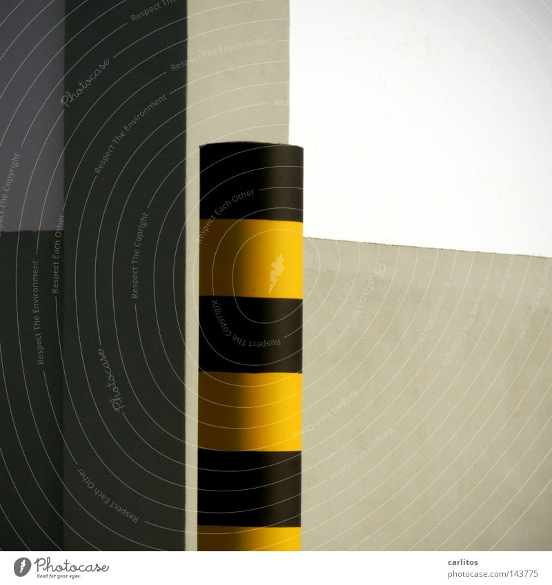 Black Yellow Wall (building) Architecture Wall (barrier) Signs and labeling Corner Safety Warning label Column Barrier Striped Pole Bollard