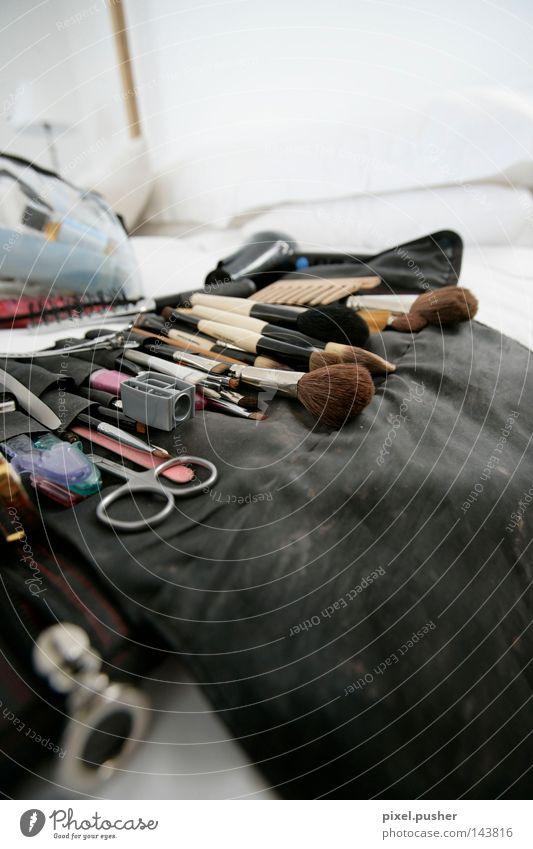 Hair and hairstyles Tool Cosmetics Hairdresser Craft (trade) Make-up Barber shop Paintbrush Eyelash Cut Scissors