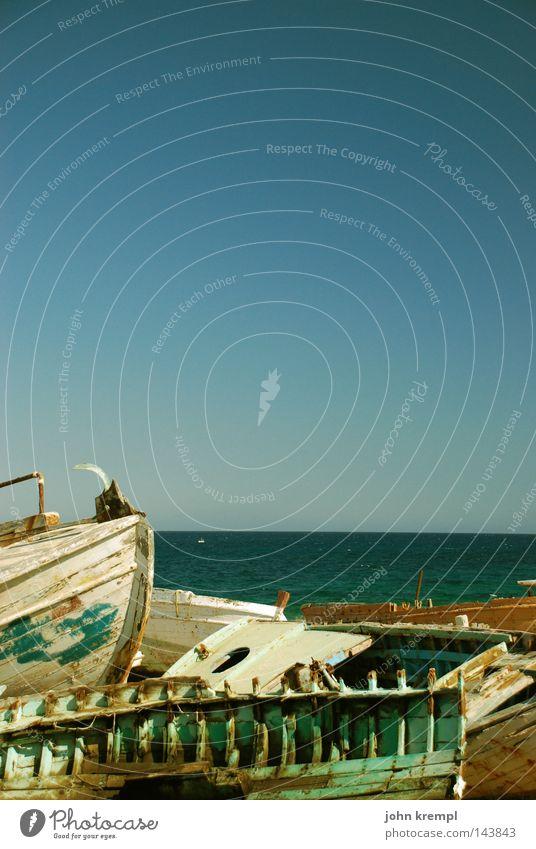 Water Sky Ocean Blue Beach Watercraft Coast Transience Navigation Sailboat Paints and varnish Wreck Terminus