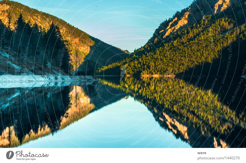 symmetry Relaxation Calm Vacation & Travel Mountain Mirror Nature Plant Water Autumn Leaf Coast Lakeside Pond Environmental protection rest Mountain lake