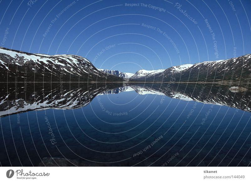 Water Calm Far-off places Snow Autumn Mountain Lake Horizon Reflection Norway Smoothness Symmetry