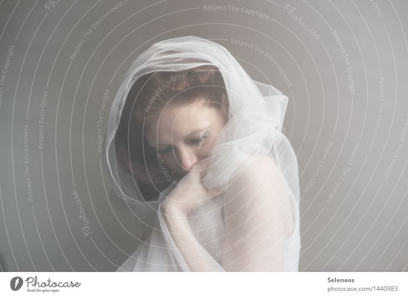 hibernation Skin Face Harmonious Well-being Contentment Senses Relaxation Calm Human being Feminine Woman Adults 1 Soft Emotions Moody Warm-heartedness