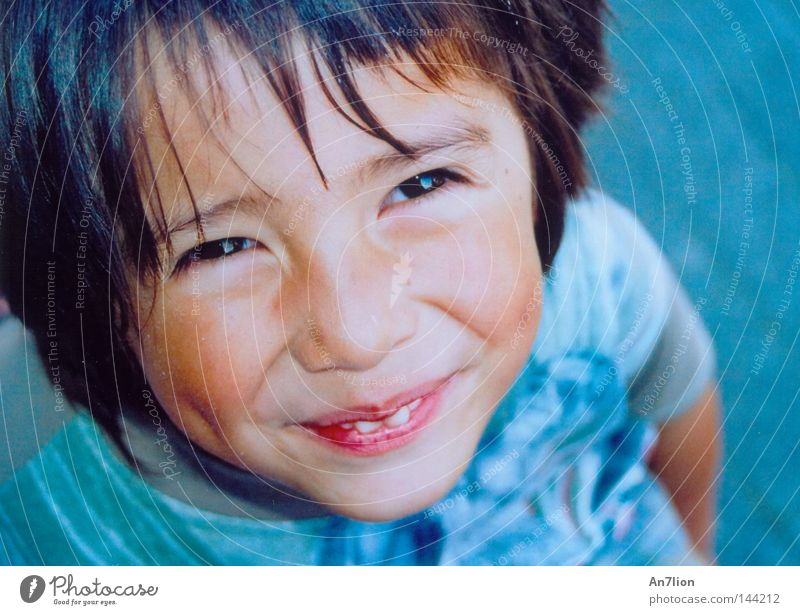Glad to see you. Child Friendliness Portrait photograph Human being Laughter Boy (child) Grinning Face