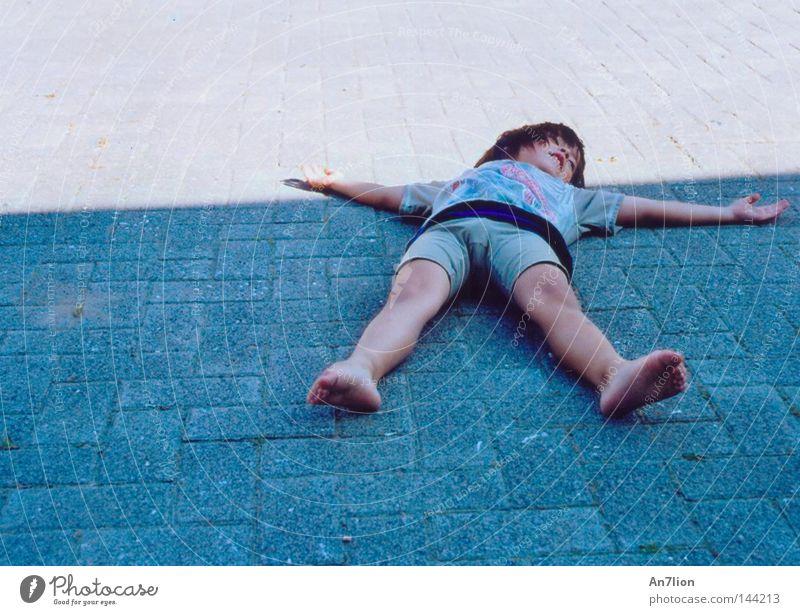 Human being Child Boy (child) Lie Star (Symbol) Floor covering