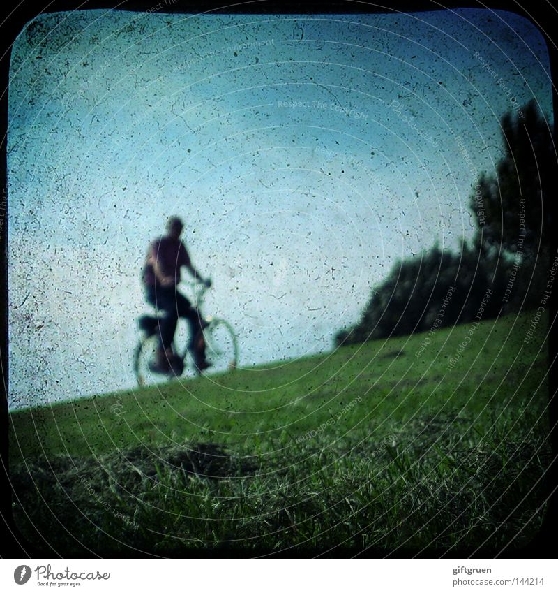 Human being Man Playing Movement Bicycle Leisure and hobbies Transport Driving Mobility Cycling Dike