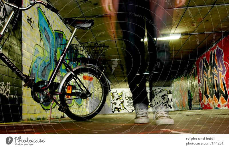 HeidiBike Underpass Long exposure Bicycle Folding bicycle Going Feet Footwear Chucks Graffiti Movement Walking Passage