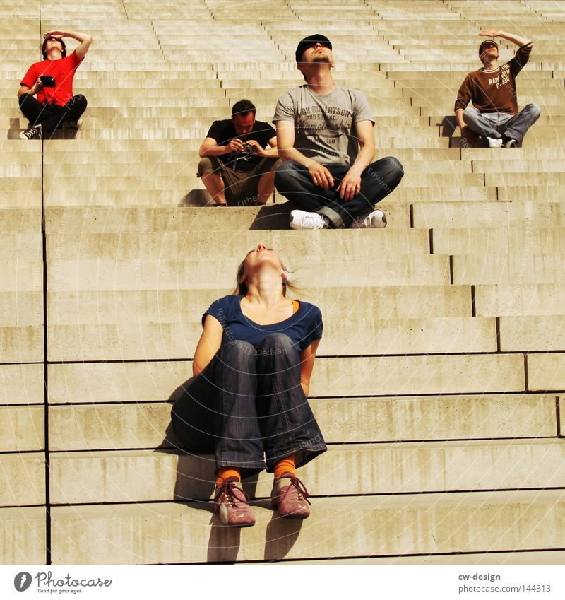 BLN | OUTDERREIHETANZER Concrete Man Masculine Fellow Woman Feminine Gray Gloomy Posture Relaxation Comfortable Landing Sharp-edged Corner Line Bird's-eye view