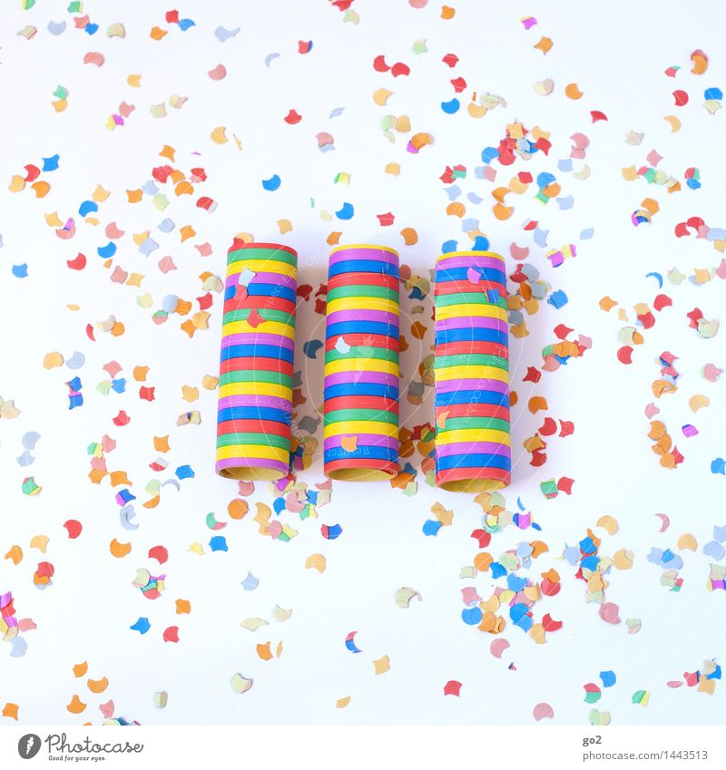 streamers and confetti Joy Night life Entertainment Party Event Feasts & Celebrations Carnival New Year's Eve Fairs & Carnivals Birthday Decoration Confetti