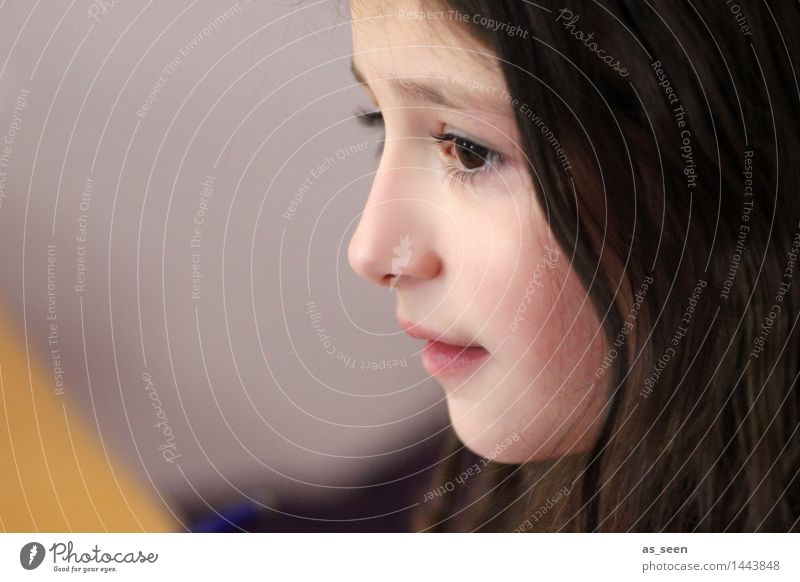 . Girl Infancy Life Head Face 8 - 13 years Child Brunette Long-haired Looking Esthetic Authentic Uniqueness Natural Brown Yellow Pink Emotions Interest