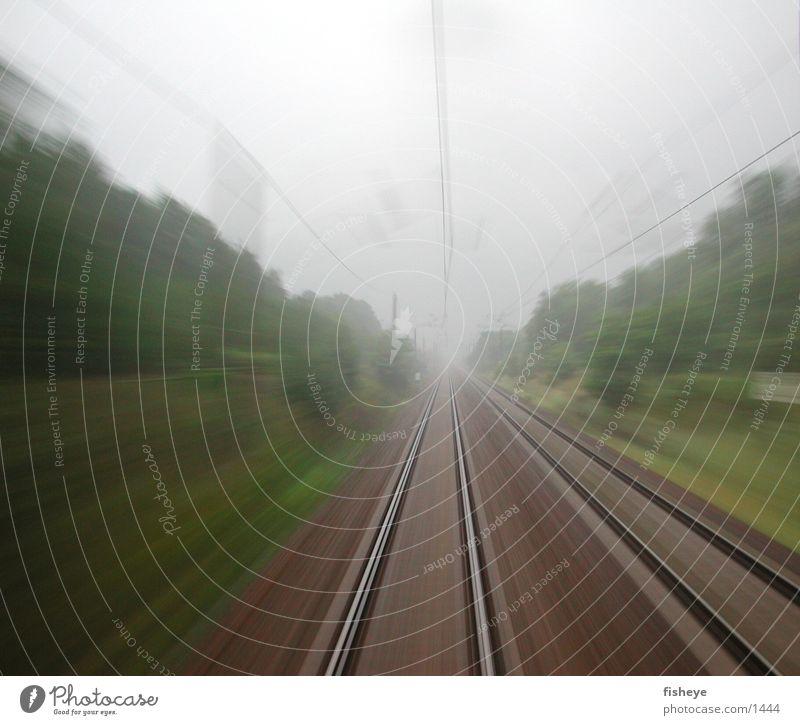 Berlin-Dresden, 120km/h Railroad tracks Speed Fog Movement