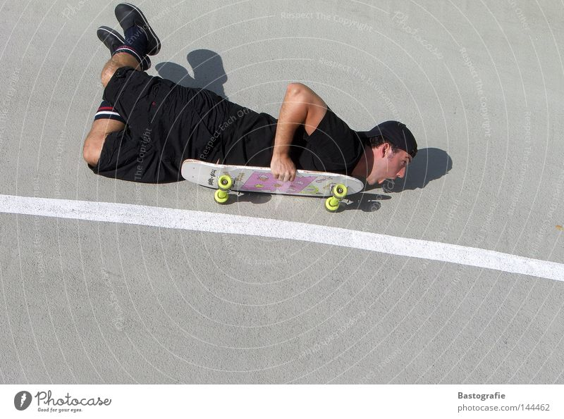 extreme sports...trendy! Skateboarding Swing Speed Leisure and hobbies Pink Style Kick Sports Body control Contentment Concrete Street art Emotions Dangerous