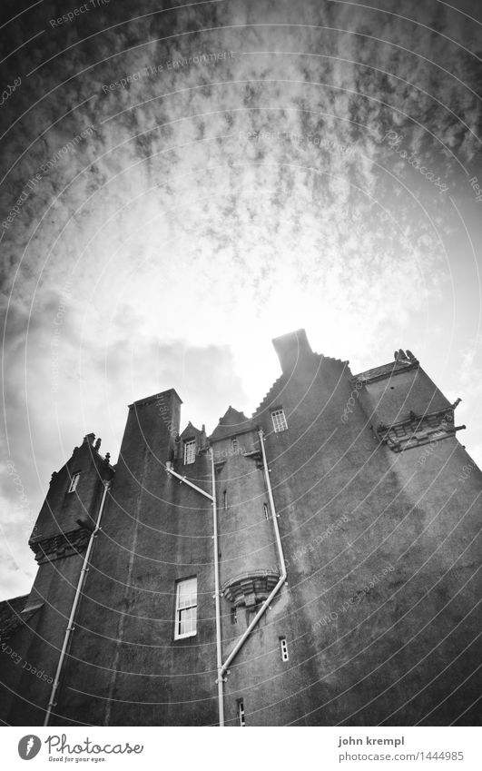 outer skin Scotland Castle Manmade structures Facade Tourist Attraction Old Dark Large Creepy Historic Safety Protection Loyal Watchfulness Unwavering Sadness