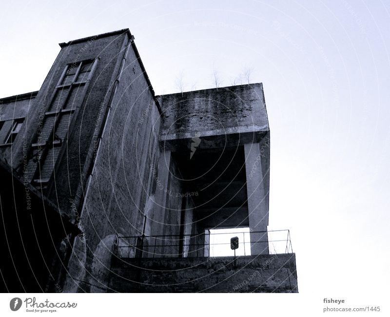 Architecture Concrete Decline Column Bauhaus Sachsenbad