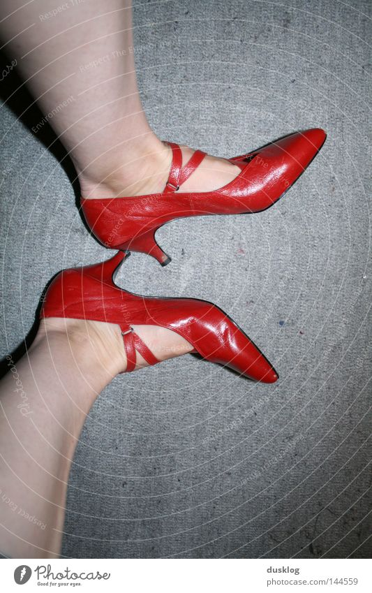 Woman Red Joy Adults Legs Moody Fashion Feet Feasts & Celebrations Work and employment Footwear Dance Elegant Skin Tall Dance event