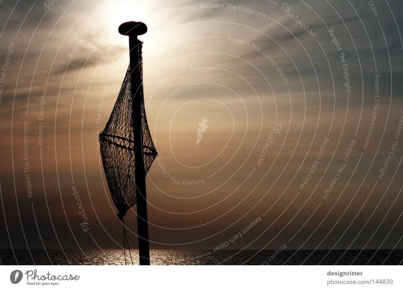 Water Sky Sun Ocean Lamp Dark Lake Bright Horizon Fish Net Catch Baltic Sea Fishing (Angle) Penitentiary