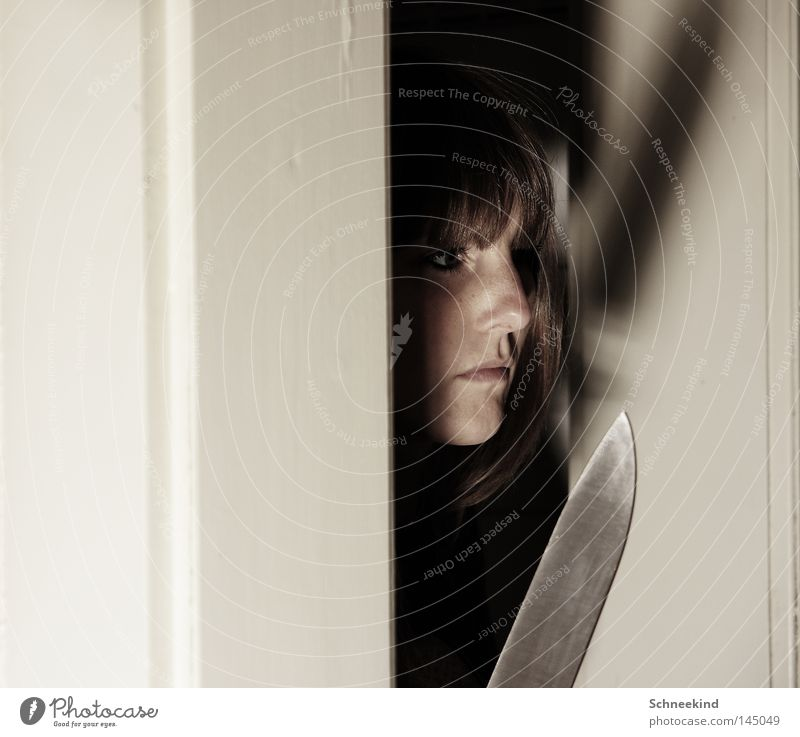 Woman Face Death Mouth Fear Wait Door Nose Large Dangerous Threat Creepy Hide Silver Fear of death Panic