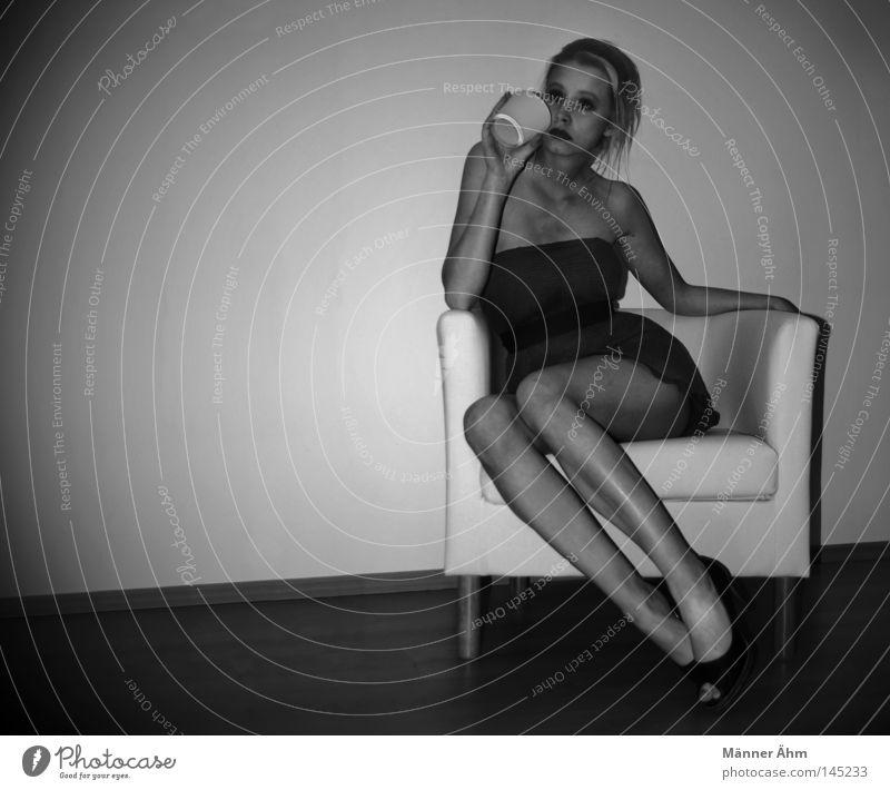 preheating Drinking Armchair Laminate Dress Footwear Woman Blonde Weekend Wood Braids Ponytail Beverage Mug Furniture Joy Alcoholic drinks Club Sit Body
