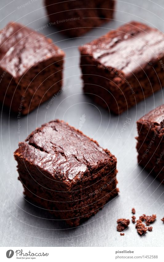 Brownies for everyone! Food Dough Baked goods Cake Dessert Candy Chocolate Nutrition To have a coffee Finger food Healthy Eating Wellness Well-being