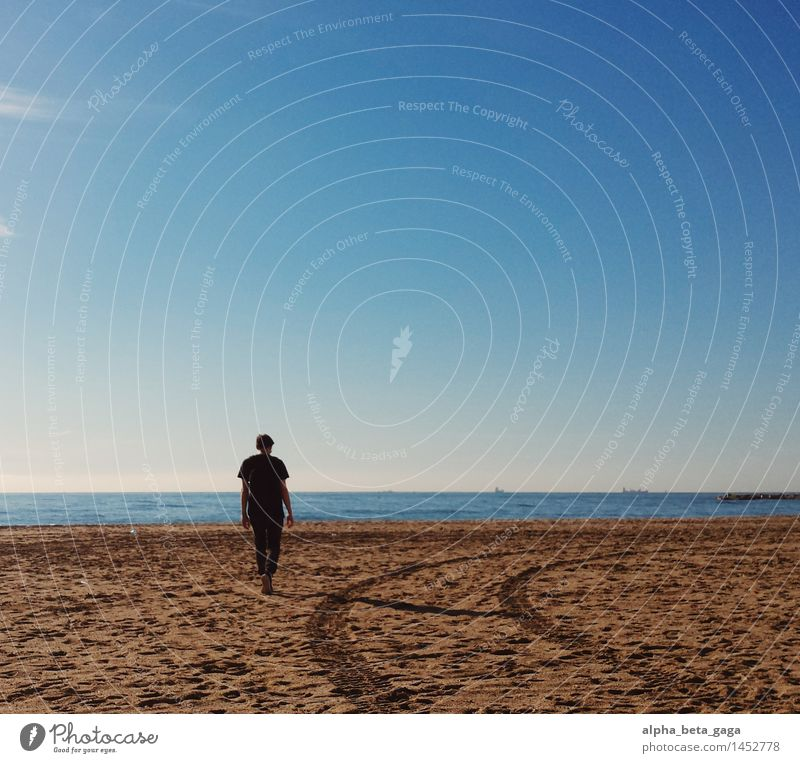 * Harmonious Contentment Far-off places Freedom Sun Beach Ocean City trip beach holiday Masculine Young man Youth (Young adults) Man Adults 1 Human being Sky