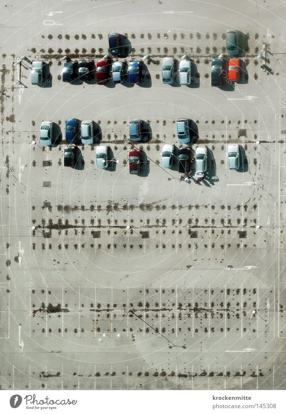 Aerial photograph Bird's-eye view City Gray Car Financial Industry Field Signs and labeling Transport Motor vehicle Logistics Asphalt Tracks Arrow Row Traffic infrastructure