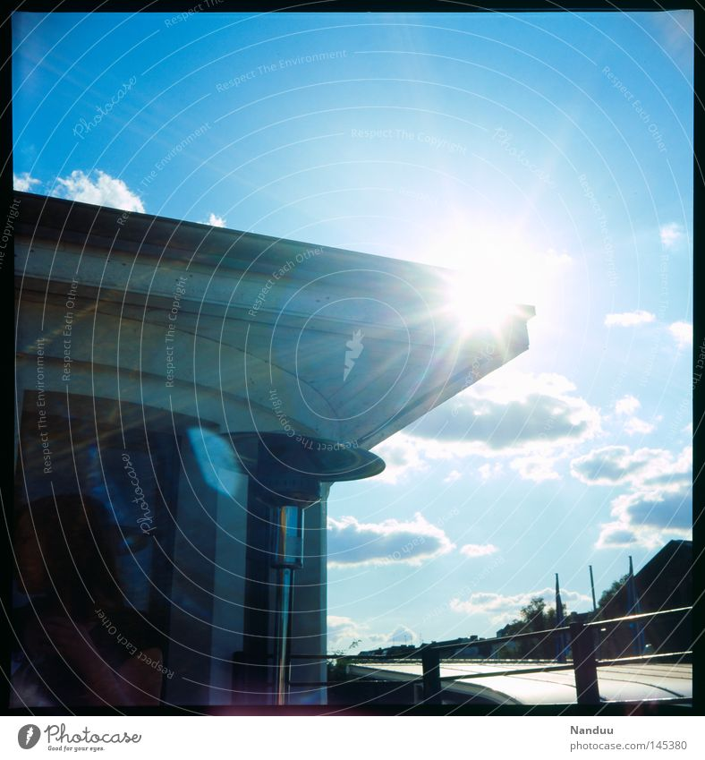 above the zenith Roof Canopy Sky Summer Sun Evening Back-light Analog Slide Medium format Square Film industry Clouds Blue Sunbeam Calm Lens flare Lomography