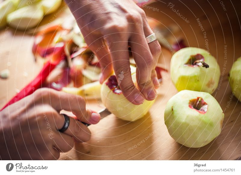 cut apples Food Fruit Apple Dessert Candy Nutrition To have a coffee Picnic Organic produce Vegetarian diet Finger food Knives Cooking Young man