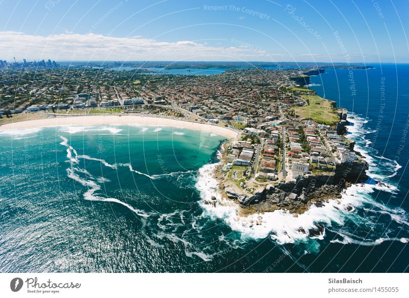 Bondi Beach II Nature Vacation & Travel City Summer Sun Ocean Relaxation Joy Coast Lifestyle Freedom Swimming & Bathing Tourism Elegant Waves