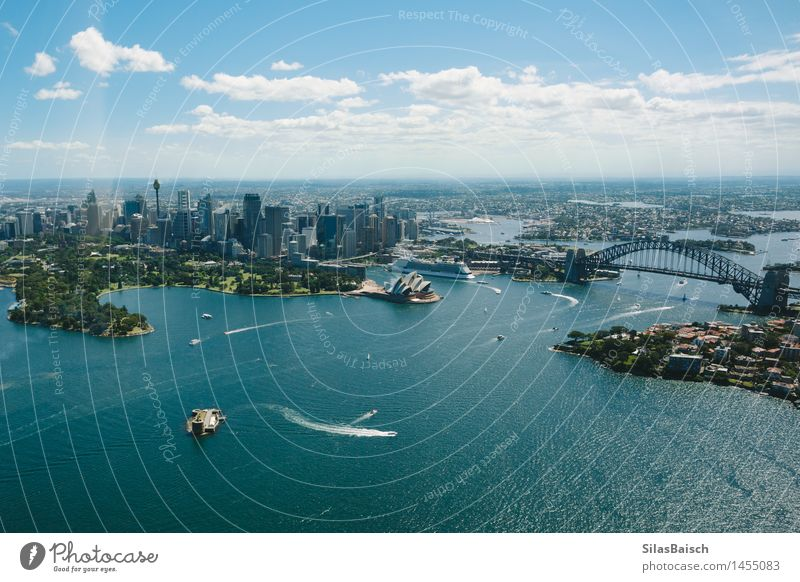 Sydney Opera House and Skyline Lifestyle Vacation & Travel Tourism Trip Adventure Far-off places Freedom Sightseeing City trip Cruise Ocean Island Waves Sailing