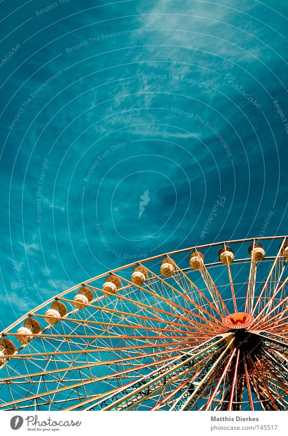 Sky Green Beautiful Joy Clouds Colour Metal Orange Tall Level Steel Fairs & Carnivals Public Holiday Partially visible Ferris wheel Aspire