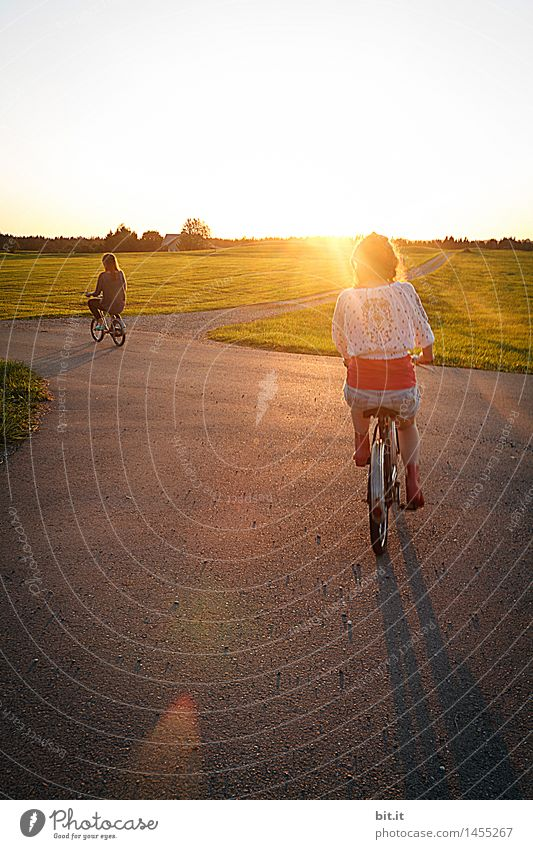 sunwheeler Vacation & Travel Tourism Sports Cycling Human being Feminine girl Brothers and sisters Family & Relations Infancy Joy luck Happiness Contentment