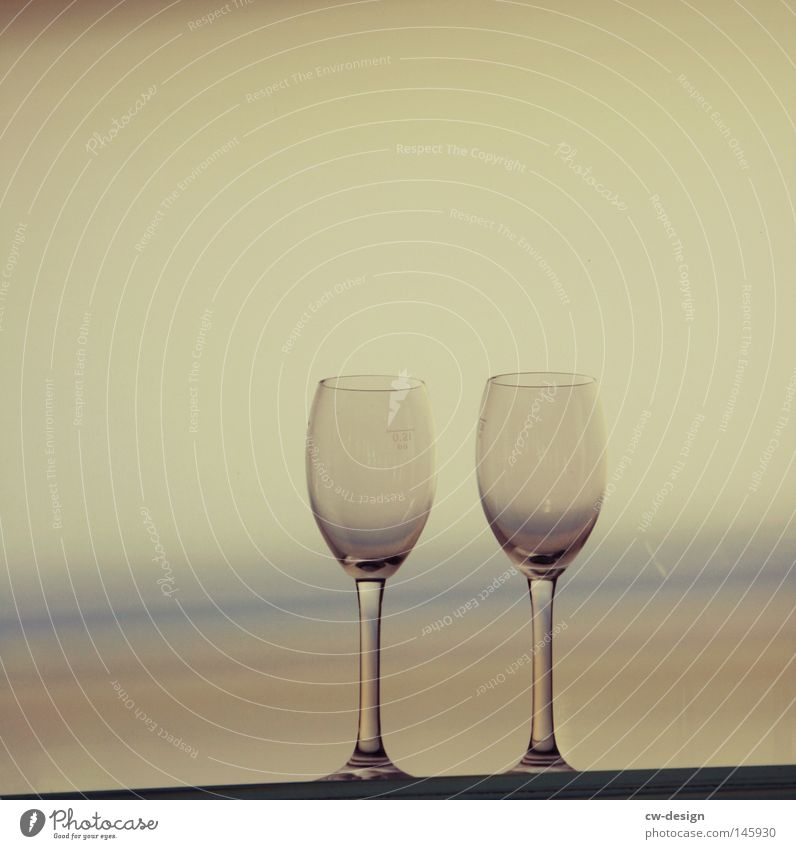 HIGH THE CUPS - ON LA CHAMANDU Color gradient Exterior shot Wine glass 2 Isolated Image Bright background Copy Space top Copy Space left In pairs Horizon Ocean