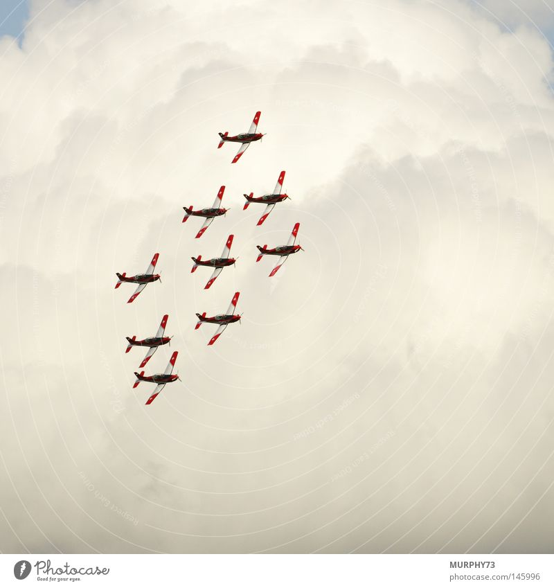 Diamond (formation) above the clouds Airplane Propeller aircraft Grading Switzerland Aerobatics Formation flying Flying Sky Clouds Fog Air show Shows Acrobat