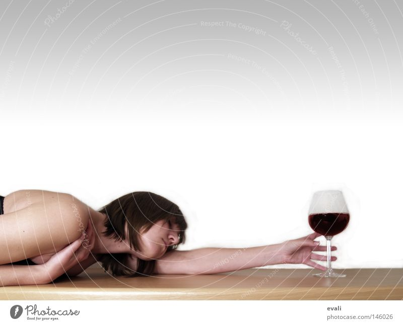 Woman Hand Adults Party Glass Arm Table Drinking Search Wine Feasts & Celebrations Human being Catch Alcoholic drinks Tabletop