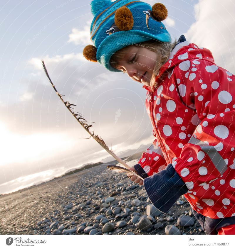 proud finder - Alaska 01 Life Contentment Leisure and hobbies Vacation & Travel Trip Far-off places Beach Ocean Parenting Child Study Feminine Girl Human being