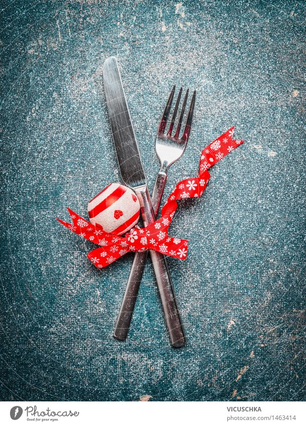 Christmas & Advent Red Style Feasts & Celebrations Party Flat (apartment) Design Decoration Event Restaurant Tradition Sphere Dinner Knives Banquet Cutlery