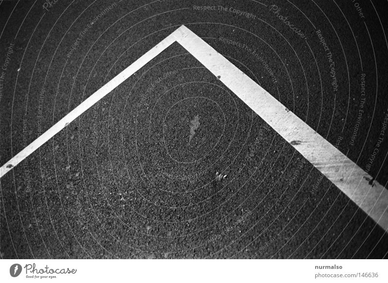 price Signs and labeling Asphalt Parking lot Black Black & white photo Building line Vanishing point Graphic Point Ground markings Copy Space Boundary Exclusion