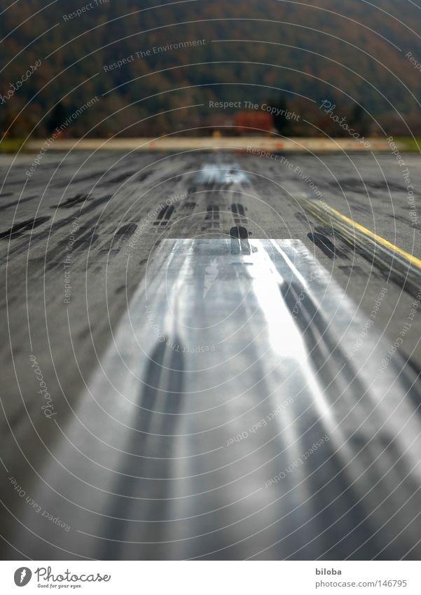 Black Street Lanes & trails Flying Concrete Railroad Speed Airplane Aviation Airport Stripe Tracks Airplane landing Rubber Runway Brakes