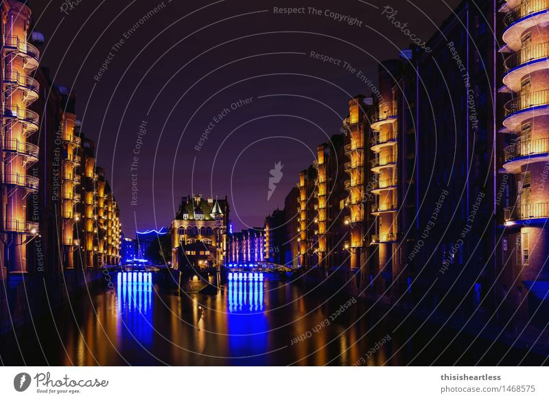 Speicherstadt bears blue Vacation & Travel Tourism Sightseeing City trip Architecture Stage play Town Port City Old town Skyline House (Residential Structure)