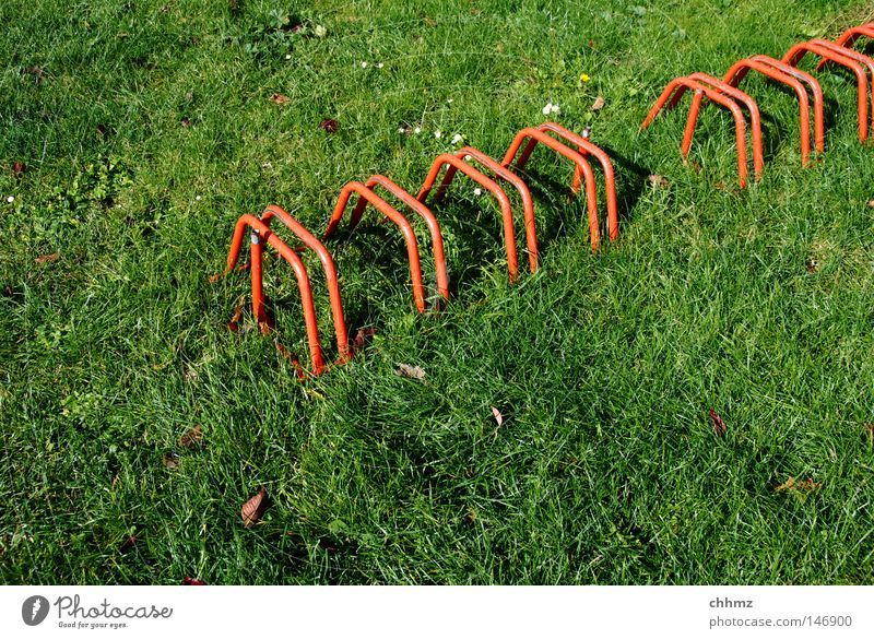 wheel stand Bicycle rack Lawn Meadow Red Green Diagonal Row Arrangement To put Parking Detail Playing Transport Multiple Location