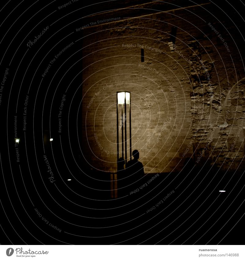 Human being Man Street Dark Wall (building) Wall (barrier) Couple Lamp Mysterious Lantern Meeting Street lighting Monument Obscure Night sky Assembly