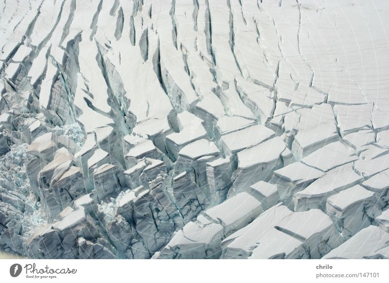 White Winter Cold Snow Mountain Movement Ice Frost Aerial photograph Crack & Rip & Tear Furrow To break (something) Glacier Cervasse Cervice Melt