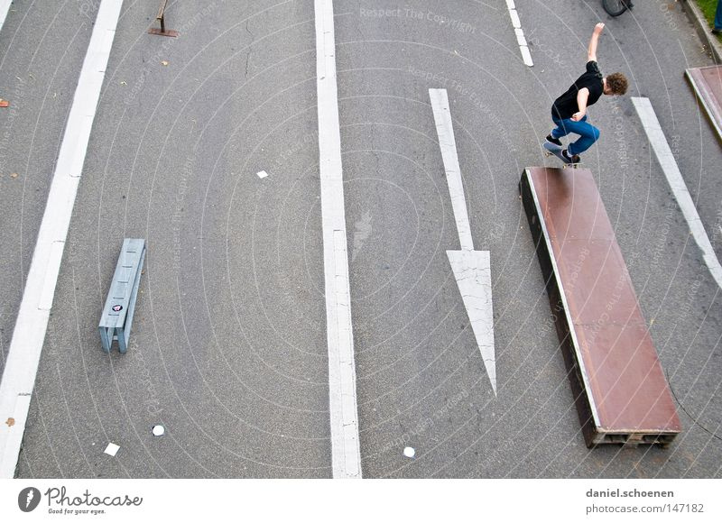 Street Playing Jump Perspective Arrow Skateboarding Skateboard Wooden board Funsport Ramp