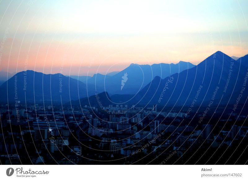 Sun City Mountain Alps Peak France Dusk Play of colours Strip of light Mood lighting Grenoble