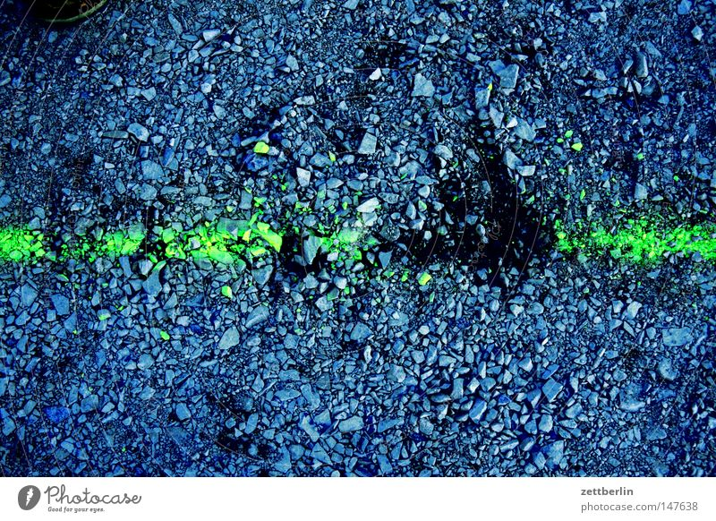 discontinuity Line Signs and labeling Structures and shapes Arrangement Splinter Shiver Sand Gravel Tracks Measurement Earth Traffic infrastructure Transience