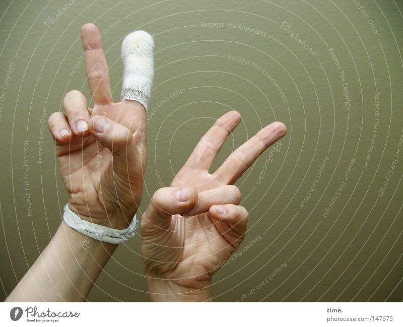 The other day in the emergency room. Wound Bandage Hand Fingers First Aid Life Craft (trade) Force Confident of victory V Victory sign palm Colour photo
