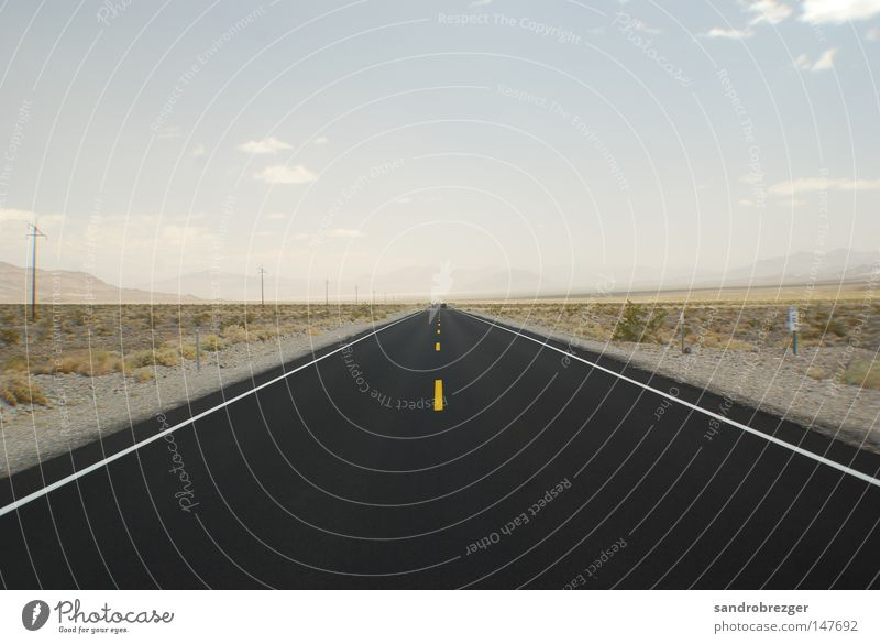 Loneliness Black Street Empty Desert USA Infinity Hot Highway Traffic infrastructure Americas Dessert California Freeway Las Vegas Death valley Nationalpark